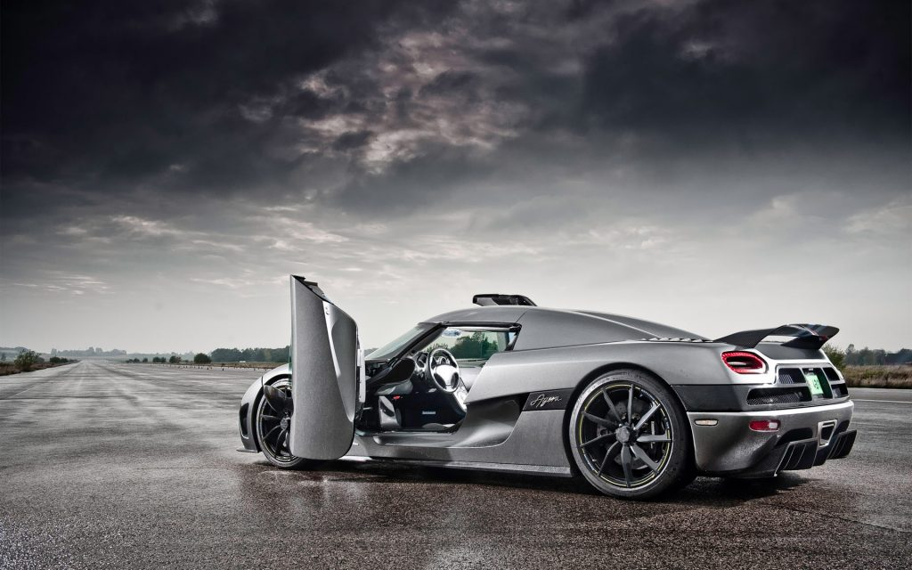 sport-car-desktop-wallpapers-2